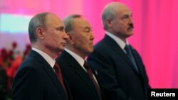 From left: Russian President Vladimir Putin, Kazakh President Nursultan Nazarbayev, and Belarus President Alexander Lukashenko before meeting of Eurasian Economic Union, Astana, Kazakhstan, May 29, 2014.