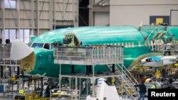 Boeing 737 jetliner di pabrik perakitan di Renton, Washington 4 Februari 2014.