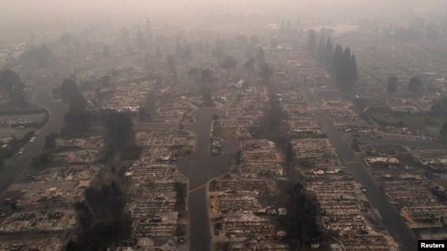 ABD'nin Batı Yakası Yangınlarla Mücadele Ediyor