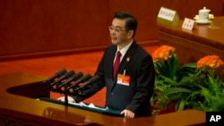 저우창 최고인민법원장이 지난 12일 베이징 인민대회당에서 열린 전국인민대표대회에서 발언하고 있다.