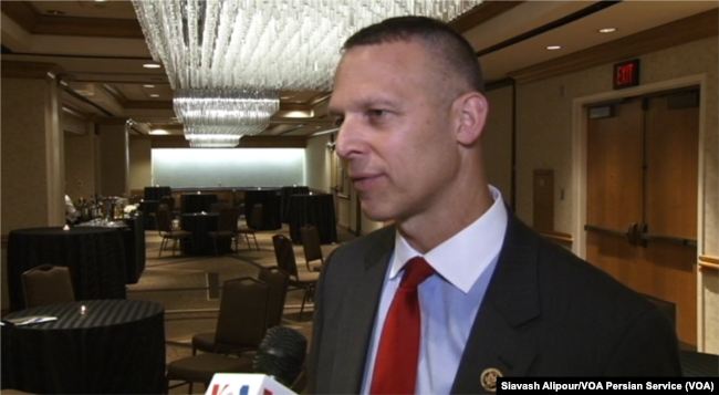 Republican Congressman Scott Perry speaks to VOA Persian at Washington's Grand Hyatt hotel, June 14, 2017.