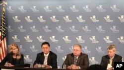 专家们在传统基金会座谈会上呼吁保留美国之音中文广播