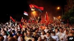 馬其頓人上街支持格魯埃夫斯基總理的政府