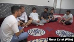 Türkiye'deki bir grup Afgan göçmen