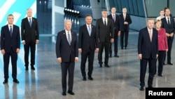 Lideri NATO na grupnoj fotografiji u Briselu 14. juna 2021.