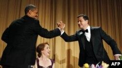Predsednik Barak Obama i komičar Džimi Kimel na sinoćnjoj redovnoj godišnjoj večeri u čast dopisnika iz Bele kuće, Vašington, 28. april, 2012.