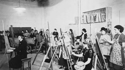 An art class organized by the federal government's Work Progress Administration