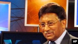 Former Pakistani president Pervez Musharraf in VOA studio, 11 Nov 2010