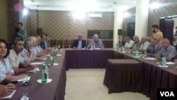 """Milli Şuranın Tbilisi toplantısı (Şəkil """"Yeni Müsavat"""" qəzetinindir)"""