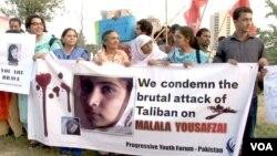 Những người biểu tình tuần hành tại Islamabad, Peshawar và các thành phố khác của Pakistan để phản nối vụ nổ súng vào em Malala Yousufzai.