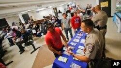 California comenzará a recibir este 2 de enero aplicaciones de parte de inmigrantes indocumentados para licencias de conducir.
