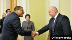 Френк Роуз зустрічається у Києві з Олександром Турчиновим
