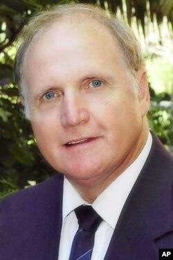 Opposition candidate for mayor of Port Elizabeth, Leon de Villiers