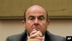 Menteri Keuangan Spanyol Luis de Guindos akan melakukan pembicaraan krisis utang dengan Menteri Keuangan Jerman (foto: dok).