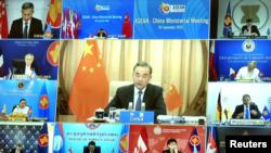 中国外长王毅2020年9月9日通过视频出席东南亚联盟年度外长会议 (路透社转发视频截图)