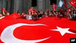 قانونگذاران ترکیه میگویند که عدم استرداد فتح الله گولن به ترکیه روابط میان انقره و واشنگتن را تحت تاثیر قرار خواهد داد