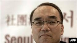 Bộ trưởng Tài chính Nam Triều Tiên Bahk Jae-wan nói Quốc hội phải 'hành động mạnh' thông qua thỏa thuận thương mại với Hoa Kỳ