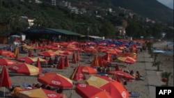 Liberalizimi i vizave i jep mundësi shqiptarëve të pushojnë jashtë vendit