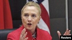 7일 미·남아공 전략 대화에 참석해 발언하는 힐러리 클린턴 미 국무 장관.