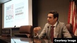 Paulo Abrao, secretario general de la CIDH, habla ante la audiencia que tiene lugar en Boulder, Colorado, EE.UU., el martes, 2 de octubre de 2018.