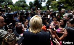 Venezuela's chief prosecutor Luisa Ortega Diaz speaks to journalists after a meeting in defense of the Constitution in Caracas, Aug. 6, 2017.
