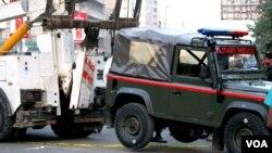 کراچی میں ملٹری پولیس کی گاڑی پر فائرنگ