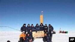 在南極研究的俄羅斯科學家。
