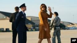 Prva dama SAD Melanija Tramp u vazdušnoj bazi Endrjuz, 1.oktobra 2018.