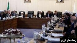 قرار بود مجمع تشخیص مصلحت نظام تا ۱۸ مهر نظر خود را درباره مصوبه مجلس اعلام کند.