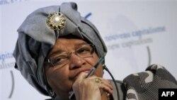 Tổng thống Ellen Johnson Sirleaf hiện đối mặt với thách thức lớn trong cuộc chạy đua để được tái đắc cử thêm 1 nhiệm kỳ