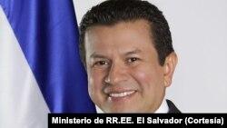 Hugo Martínez, canciller de El Salvador dialoga sobre el DACA y el TPS
