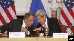 Secretary of State John Kerry talks with Russian Foreign Minister Sergei Lavrov at the State Department in Washington, Aug. 9, 2013.