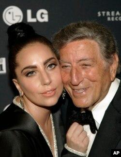 Tony Bennett và Lady Gaga.