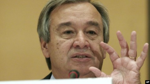 United Nations High Commissioner for Refugees Antonio Guterres gestures during an address to the UNHCR Executive Committee in Geneva October 3, 2011.