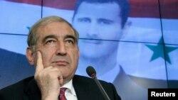 Qadri Jamil, mataimakin Firayim Ministan Syria mai kula da harkokin tattalin arziki a lokacin da yake wani dakin tattaunawa da manema labarai a birnin Moscow, Agusta 21, 2012.