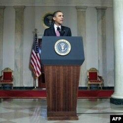 Predsednik Barak Obama daje izjavu nakon ostavke egipatskog predsednika