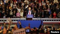 Novoizabrani predsednik Donald Tramp na skupu u Sinsinatiju, u Ohaju