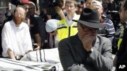 Nhiều người tụ tập trong 1 nghĩa trang ở Jerusalem dự tang lễ các nạn nhân vụ nổ súng hôm thứ hai tại Toulouse, 21/3/2012