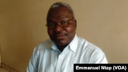 Victor Onana, président de l'union des populations du Cameroun, un parti politique de l'opposition au Cameroun, le 4 mars 2017. (VOA/Emmanuel Ntap)