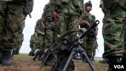 Durante la emboscada las fuerzas del ejército colombiano consiguieron dar muerte a tres guerrilleros.