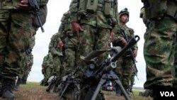 Las FARC reivindicaron que seguirán luchando por el canje humanitario.