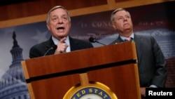 美国民主党参议员德宾和共和党参议员格雷厄姆就梦想生议案发表讲话 (2017年9月5日)