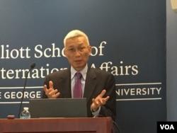 資料照:裴敏欣在美國喬治·華盛頓大學就他的新書發表演講(2016年10月)