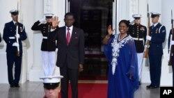 Le président Obiang n'a pas détaillé la raison de ces emprisonnements.