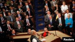 印度总理莫迪在美国国会联席会议发表讲话。(2016年6月8日)