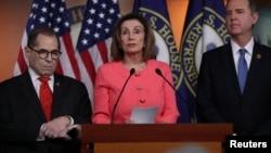 UNkosikazi Nancy Pelosi lenye inkokheli yama Democrats.