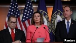 Umuobozi w'inteko ishinga amategeko y'Amerika Nancy Pelosi.
