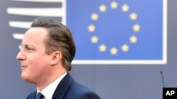英国首相卡梅伦到欧盟总部参加峰会(2016年2月19日)