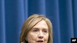 希拉里克林頓支持洪都拉斯重新加入OAS。