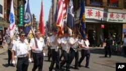 華裔退伍軍人會在華埠遊行